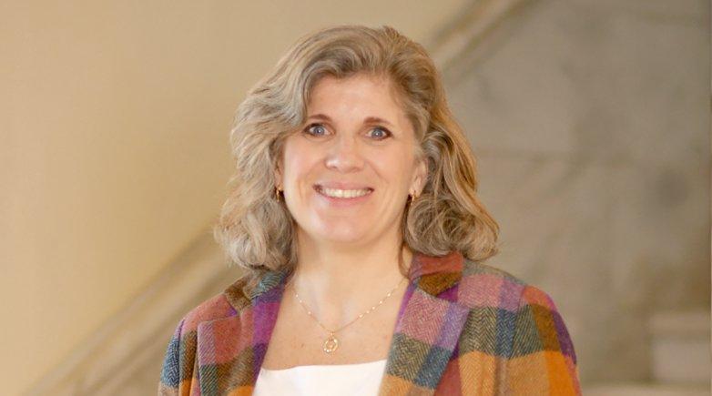 Headshot of Carol Cahalane.