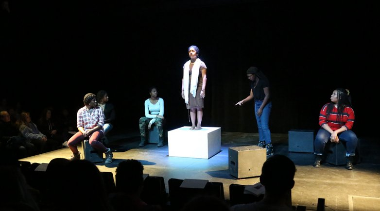 "Exeter students perform ""Hottentodded"""